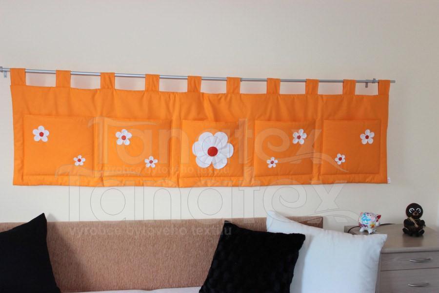 Kapsář Uni oranž s kytičkama