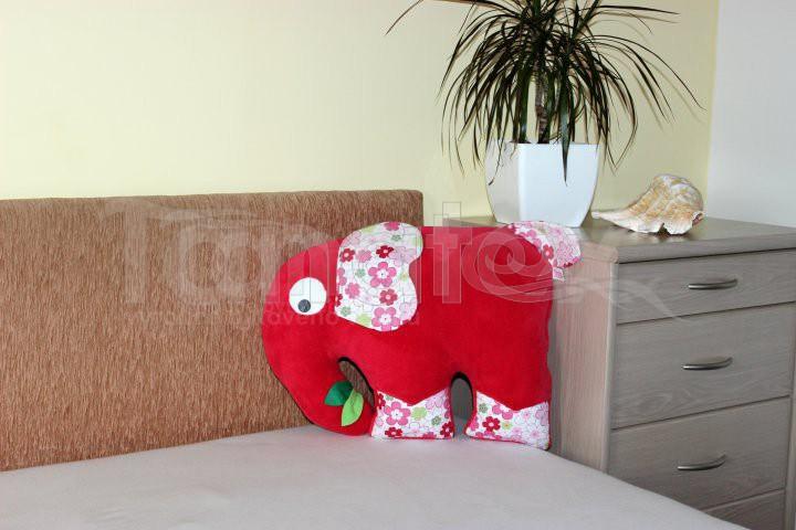 Polštářek Slon malinový - Polštářky Zvířátka