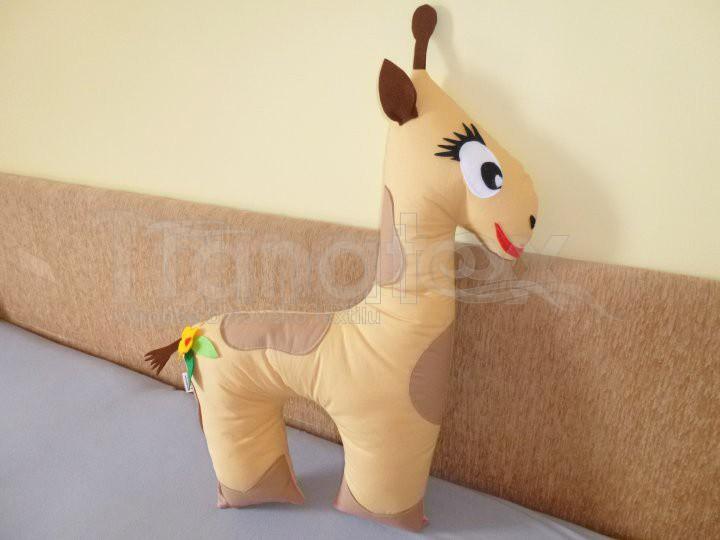 Polštářek Žirafka béžová - Polštářky Zvířátka